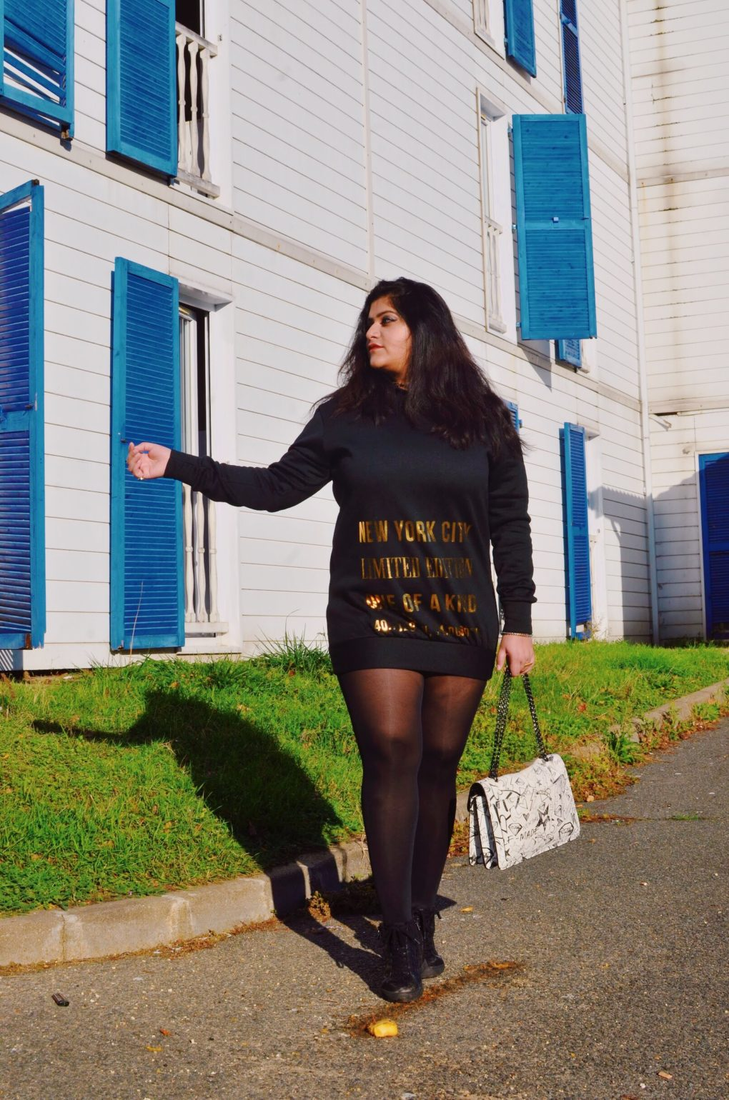 Black Graphic Gold Print Sweater Dress Casual Style